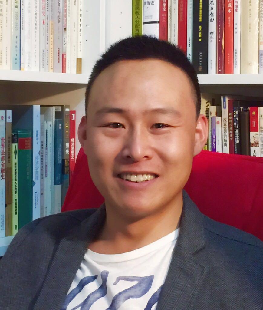 Dr. Huang Yingwei 黄英伟