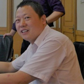 Prof. Dr. Yuan Weipeng lectures in the Peking University, Beijing, China